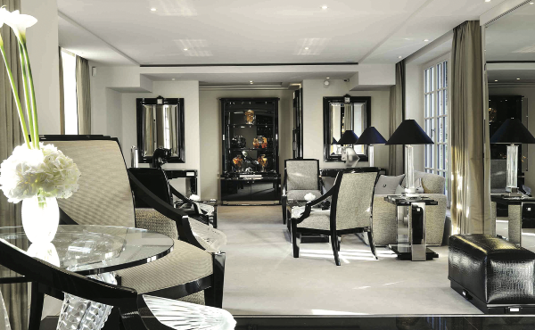 a new life for the family home of rene lalique founder. Black Bedroom Furniture Sets. Home Design Ideas