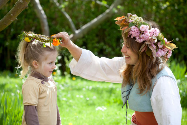 Shakespeare Houses gear up for an exciting spring season of family friendly activities!