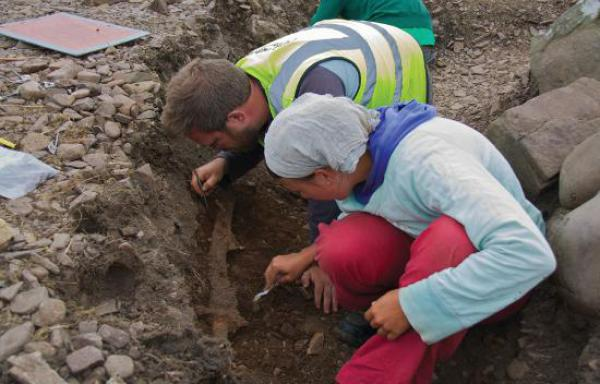 Viking boat burial find is UK mainland first